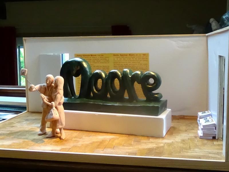 moore2.lpg